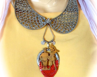 Necklace red carpet vintage designer for Mr and Mrs.