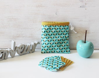 Set of 10 wipes cleansing washable pouch and geometric pattern