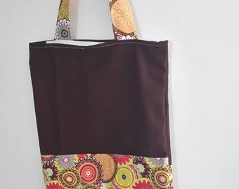 Floral motifs and plum shoulder bag / fabric bag