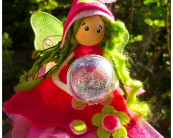 Fairy with his crystal ball clairvoyance: personalized fairy creation