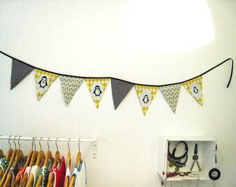 """penguins"" - Pirates and Princesses doodads flags Garland"
