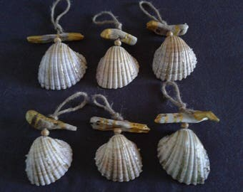 6 shells and Driftwood Christmas tree ornaments: Gold