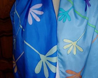 "Scarf, scarf in blue silk pongee ""PUB flowers"" handpainted Creation unique"