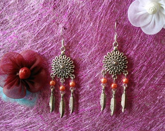 dangle earrings, feather & Pearl