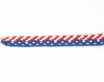 Friendship bracelet USA pattern