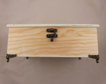 Blank wooden box