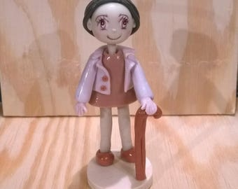 Decorative figurine: A great grandma made cold porcelain.
