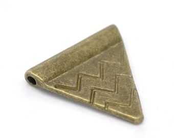 10 pearls Intercalaires Triangle bronze 14x14mm