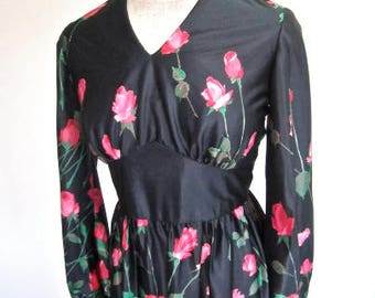 L 60s 70s Long Dress Roses Black Pink Red Maxi Silky Poly Disco Hostess Deadstock NWOT Gown Dress Sleeveless Resort Party Large