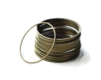 20 thin round jump rings closed brass 28mm Z5