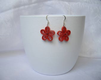 Paper flower earrings, quilling