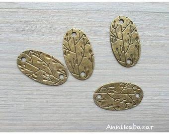 4 engraved bronze connectors