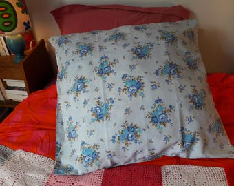 Vintage floral fabric pillow cover