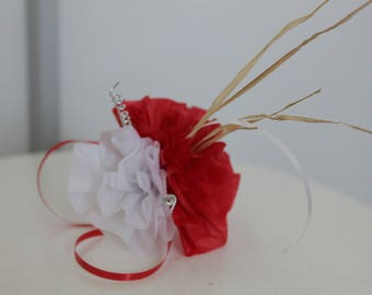 wedding bouquet table lot_decoration three 10 red and white flowers