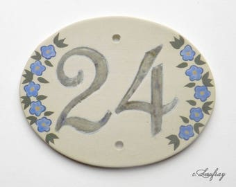 Door plate original with sandstone, number 24 oval shaped pink flowers, resistant to frost