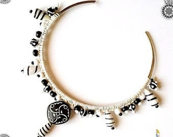 """Modern torque and ethnic """"tattoos"""" black and white contrast beads bib necklace"""