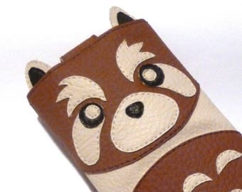Panda eReader cover red faux leather