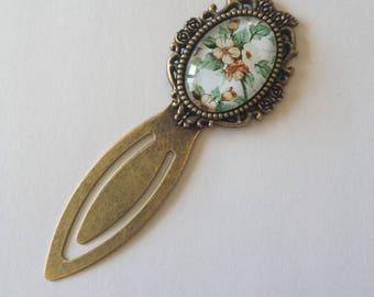 Bookmark bronze oval cabochon