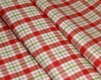 flannel Plaid red and green on ecru background - 100% cotton