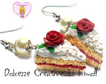 Earrings slices of cake with roses - cream and Strawberry Jam