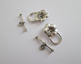 2 fermoir toggle fleur en métal argenté 22 mm