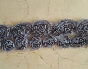 1 meter Ribbon lined lace grey organza flowers
