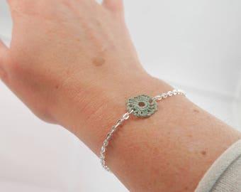 Silver plated bracelet, rose crochet khaki