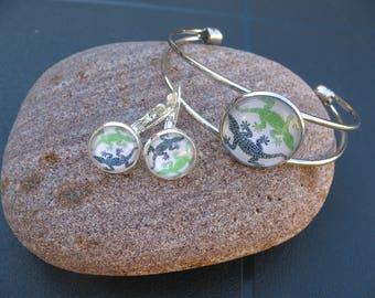 Set bracelet and earrings salamander