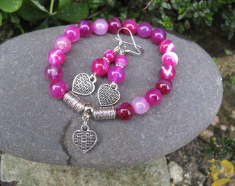 Set bracelet and earrings pink agate and heart charm