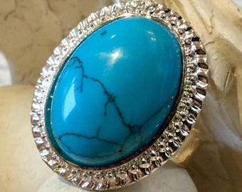 Ring oval semi precious Turquoise stone