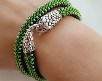Snake-Snake bracelet-Beaded snake necklace-Snake jewelry-Green bead bracelet-Snake choker charm-Bead necklace-Crochet rope bracelet-Gift