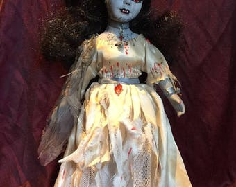 Vampire doll- 'Elise'