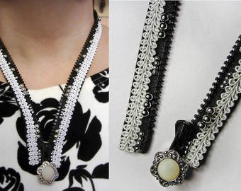 Necklace black and white zipper