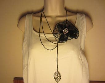 Black collar with lace flower