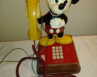 Vintage 1976 Mickey MousePush Button Amarican  Rotary  Telephone