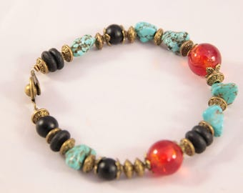 Very beautiful bracelet with turquoise stone and glass bead and metal bronze plated, 20 mm