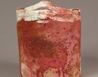 Ceramic pot with deer
