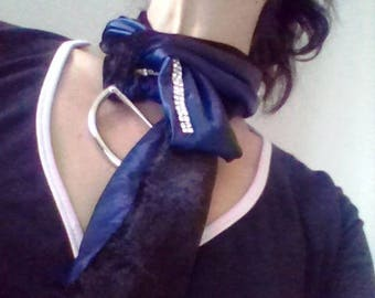 Scarf jewelry, silky, unique and reversible.