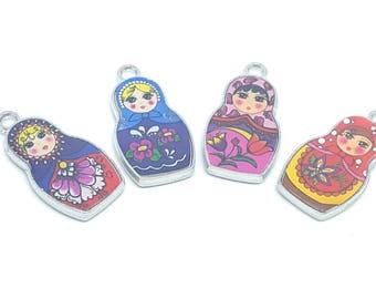 Charm Russian doll matryoshka metal enamelled / set of 4 charm pendants / DIY bracelet necklace diy jewelry