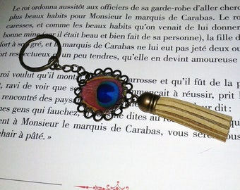 Vintage tassel - cabochon - Peacock feather keychain
