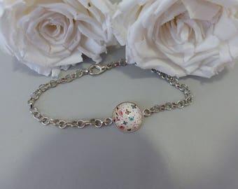 Butterfly cabochon bracelet