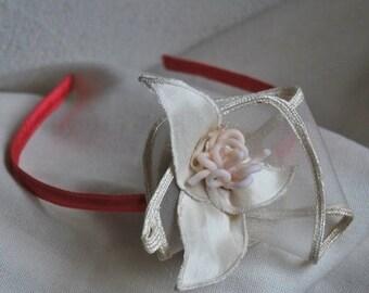 Ecru flower