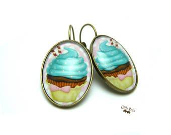 Cupcake glass dome earrings retro vintage
