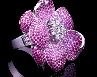 Beautiful Jewelry Ring Flower, 18k Gold with diamonds, Handmade in California
