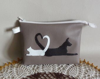Kit made by hand in imitation leather taupe cat dog.