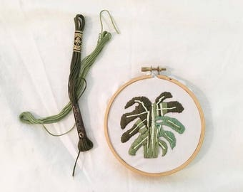 Monstera Green Embroidered Leaf