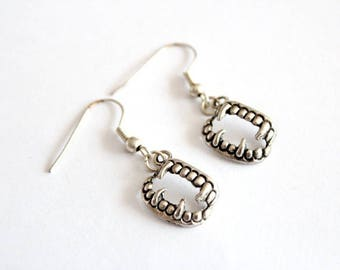 JAW earrings in silver