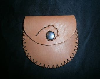 Brown leather coin purse pattern