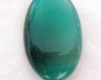 Agate - green tinted - undrilled - ref5327