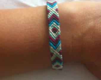 Cross and diamond pattern Friendship Bracelet